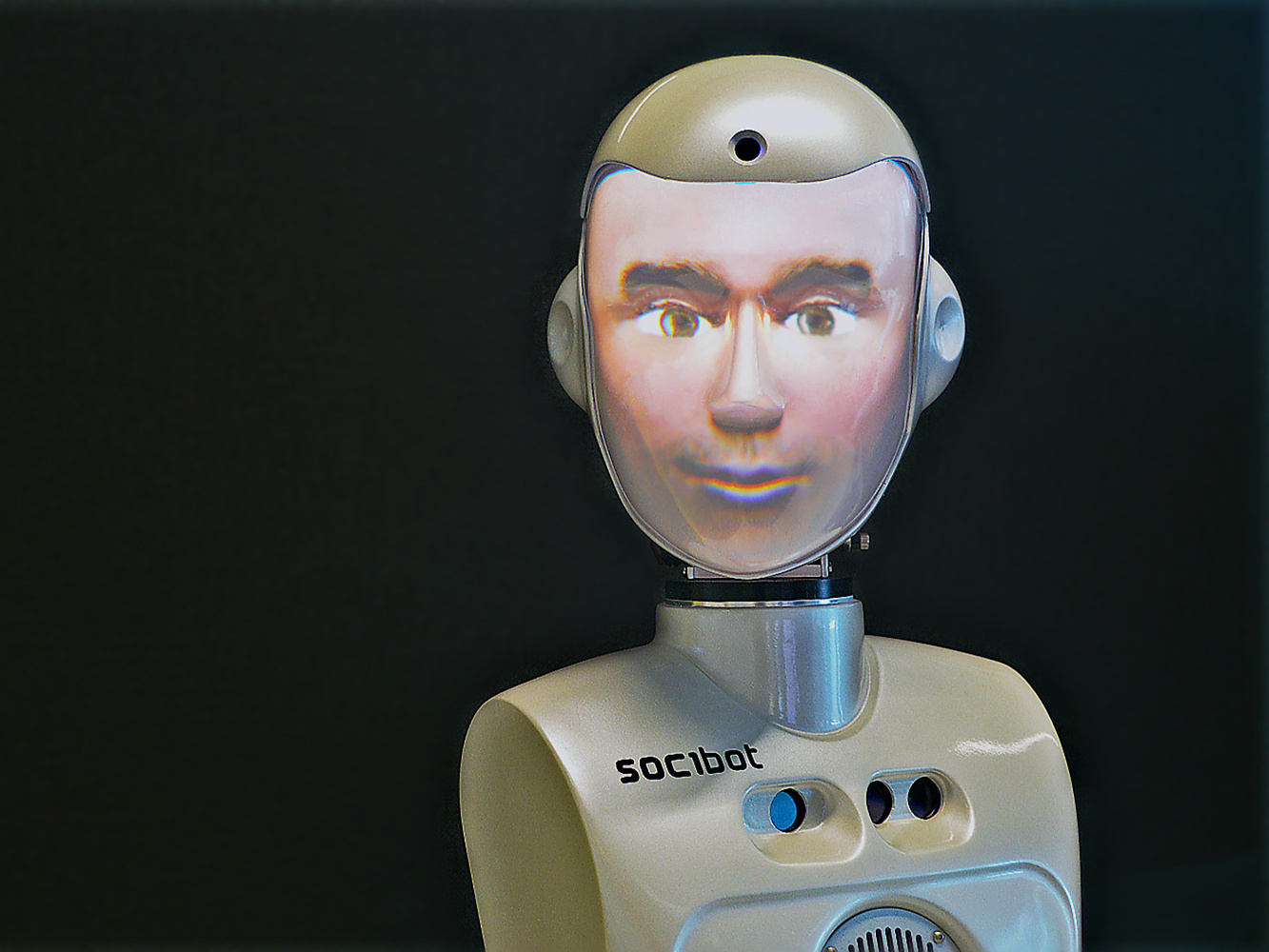 Oefenen op de piano met... een robot?